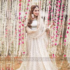Latest Roka Ceremony Looks To Bookmark For 2020 - Witty Vows Bridal Mehndi Dresses, Wedding Lehnga, Nikkah Dress, Asian Wedding Dress, Shadi Dresses, Pakistani Dresses Casual, Pakistani Wedding Outfits, Bridal Dress Design, Pakistani Bridal Wear
