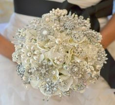 Pretty idea for a winter wedding, a nice keepsake