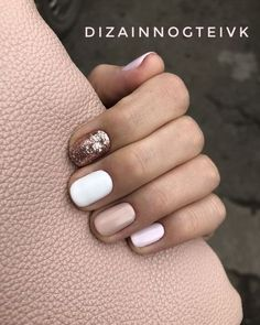 Weißer Glitzer-Nagellack Champagner Nail Art-Akt You are in the right place about nail polish Here … Cute Pink Nails, White Glitter Nails, Glitter Nail Polish, Pretty Nails, Gel Nails, Nail Nail, Glitter Manicure, Glitter Mode, Shellac
