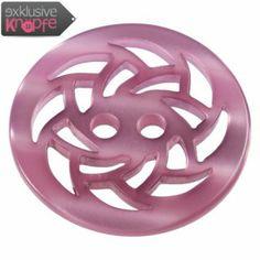 exklusive-knoepfe.de - Kunststoffknopf in Rosa mit aufwendigem Durchbruchmotiv