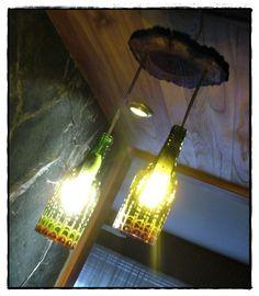 lámpara botellas decoradas