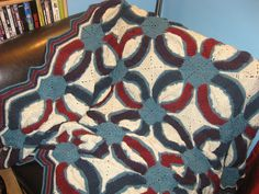 Crochet double wedding ring afghan by HazlettHooking on Etsy