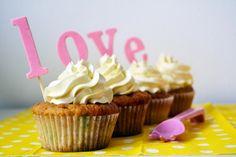 funfetti cupcakes  http://latilacupcakesblog.wordpress.com
