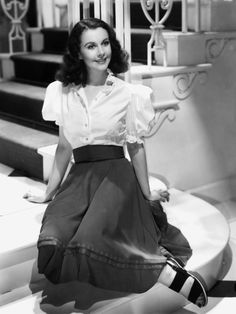 Vivien Leigh Old Hollywood Stars, Old Hollywood Glamour, Golden Age Of Hollywood, Vintage Hollywood, Classic Hollywood, Scarlett O'hara, Vivien Leigh, Most Beautiful Women, Beautiful People