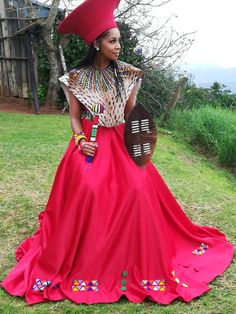 Spiffy Fashion New Zulu bride African traditional dress 2020 - Zulu Traditional Wedding Dresses, Zulu Traditional Attire, South African Traditional Dresses, Traditional Dresses Designs, Traditional Outfits, Latest African Fashion Dresses, African Print Dresses, African Dress, African Wedding Attire