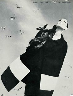 Vogue Italia, september 1966 Total look by Marucelli Photo by Franco Rubartelli