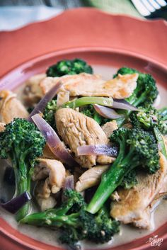 Chicken and Broccoli with Creamy Garlic Sauce