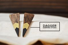 These pointed stud earrings are made from popsicle sticks.