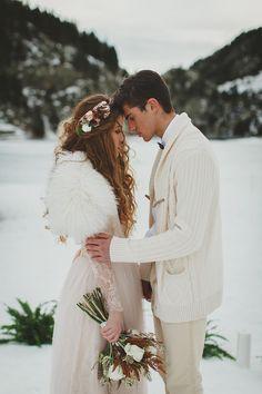 3a43b34f9689 Winter ceremony idea Elope Wedding, Wedding Couples, Boho Wedding, Wedding  Bride, Wedding