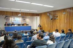 Conferencia de la Mtra. Laura Regil Vargas. Seminario: Visiones sobre mediación tecnológica en educación, Sesión 2, en el Auditorio de la CUAED, 11 de marzo de 2013.