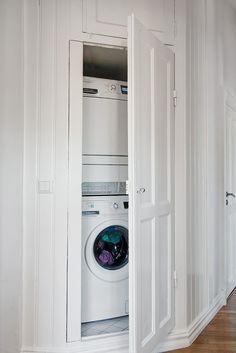 Här finns till och med en liten egen tvättstuga