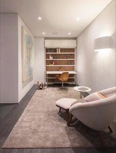 This stylish home office/den transforms into a guest bedroom with the help of a modern murphy bed! Murphy Bed Office, Office Bed, Guest Bedroom Office, Guest Bedrooms, Murphy Bed Ikea, Home Room Design, Home Office Design, Hidden Wall Bed, Fold Down Beds