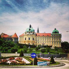 Stift Klosterneuburg Austria, Sunny Sunday, Interactive Map, Central Europe, Kirchen, Bavaria, Slovenia, Alps, Really Cool Stuff