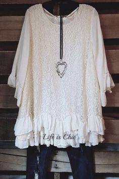 ROMANTIC HEART LACE DRESS - BEIGE