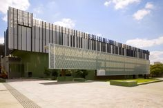 State Library of Queensland by Donovan Hill