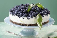 Das Rezept für Blaubeer-Frischkäse-Torte mit allen nötigen Zutaten und der einfachsten Zubereitung - gesund kochen mit FIT FOR FUN