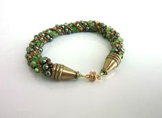 Jewelry: green pearl bracelet --- Russian Spiral is the design