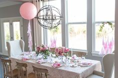 Dress Up The Dining Table - ELLEDecor.com
