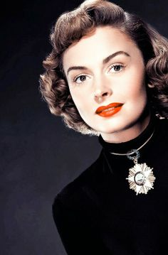 A beautiful color photo of Donna Reed!