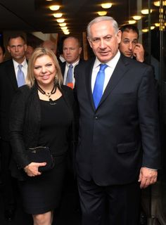 Benjamin & Sarah Netanyahu - what an amazing couple! Israel Palestine, Jerusalem Israel, Prayer Partner, Benjamin Netanyahu, Star Wars, Jewish History, To Strive, Most Beautiful People, Theater