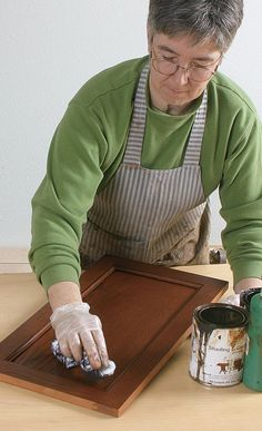 10 Wood Finishing Techniques Check out the top 10 wood finishing techniques and learn how to fix the most common finishing mistakes. By Teri Masaschi Photo courtesy The Taunton Press Stain Techniques, Woodworking Techniques, Woodworking Projects, Woodworking Apron, Shaker Style Cabinet Doors, Wood Refinishing, Custom Kitchen Cabinets, Aging Wood, Wood Crafts