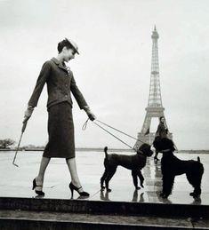 myvintagevogue   Dior, Paris 1940 - photo by Louise Dahl-Wolfe.        C'est moi...avec mes chiens, Monet et Mucha!