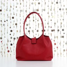 Red leather shoulder bag, leather bag, leather purse, leather tote, tote bag, leather handbag, leather shoulder bag, soft leather tote Leather Purses, Leather Handbags, Red Tote Bag, Crossbody Bag, Soft Leather, Red Leather, Red Purses, Red Bags, Leather Bags Handmade