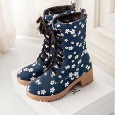 """New fashion sweet floral boots Use this coupon code """"Edin"""" to get all 10% off!"""
