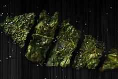 Livestrong - ok to eat at night Kale Chips Healthy Late Night Snacks, Healthy Bedtime Snacks, Healthy Protein Snacks, Healthy Cookies, Healthy Eating, Healthy Breakfasts, High Protein, Healthy Foods, Savory Snacks