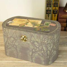 Autumn Leaf Keepsake Box project from DecoArt