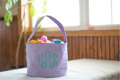 Monogrammable Gingham Easter Basket Tote - LAVENDER Embroidery Blanks, Embroidery Software, Embroidery Thread, Halloween Buckets, Easter Baskets, Easy Crafts, Gingham, Straw Bag, Lavender