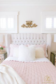 35 Amazingly Pretty Shabby Chic Bedroom Design and Decor Ideas - The Trending House Contemporary Bedroom, Girl Bedroom Designs, Luxurious Bedrooms, Chic Bedroom, Pink Bedroom Decor, Chic Bedroom Design, Simple Bed, Simple Bedroom, Bedroom Decor