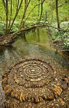 Voice of Nature — LandArt by James Brunt Land Art, Art Et Nature, Jardin Decor, Environmental Art, Outdoor Art, Stone Art, Belle Photo, Rock Art, Landscape Art