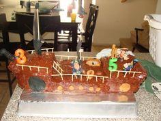 pirate ship cake, pi