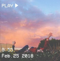 ㅐㅂㅅ D ㅂ Я #vhs #aesthetic #sky #pink #blue #clouds #girls #flowers #picnic