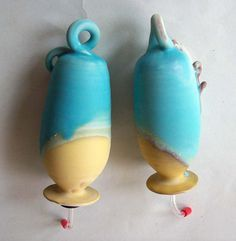 Ceramic Totems, Pottery Hummingbird Feeders, Garden Art, Hummingbird Inspire, Ceramics Inspiration