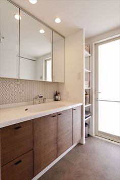 Sweet Home Design, Natural Interior, Vanity Units, Washroom, Simple House, House Prices, Interior Design Inspiration, Bathroom Interior, Powder Room