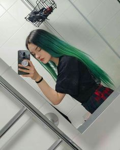 Are you tired of normal hair color? Or are these colors too ordinary, do you want to be different and get people's attention? Then try these super cool crazy hair color ideas. Hair Dye Colors, Cool Hair Color, Blue Black Hair Color, Black And Green Hair, Blue Green, Dye My Hair, Aesthetic Hair, Grunge Hair, Crazy Hair