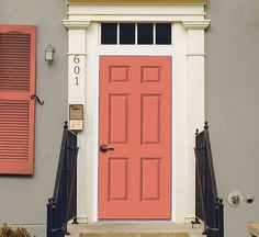 See the top 5 bold front door colors to crank up your curb appeal. View all colo See the top 5 bold Coral Front Doors, Painted Front Doors, Front Door Colors, Yellow Doors, Exterior Colors, Exterior Paint, Glass Garage Door, Garage Doors, Decoration Inspiration