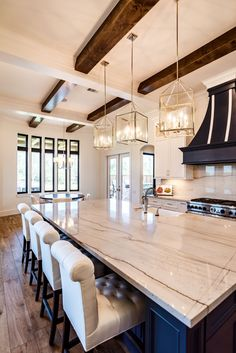 100 Best Farmhouse Kitchen Decor Ideas And Remodel Inspires - Best Ideas to Decorate a Farmhouse Kitchen The kitchen style will probably likely soon undoubtedly be the strategy in case you would like family Kitchen Ikea, Home Decor Kitchen, Kitchen Interior, Kitchen Cabinets, Kitchen Countertops, Blue Cabinets, Kitchen Backsplash, Soapstone Kitchen, Kitchen Hacks