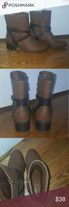 Chaps brown leather riding ankle boots size 8 Brown leather Chaps ankle riding boots. Size 8. In excellent condition, ZERO signs of wear. As you can see from the sole these were only worn maybe once or twice. Side zip. Chaps Shoes Ankle Boots & Booties