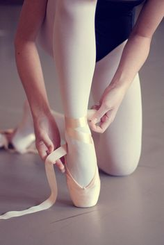 Ballet.. need to do this one of Jenny when she gets pointe shoes