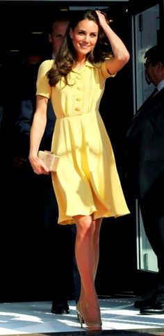 Her dress is absolutely perfect. Good job Kate Middleton!
