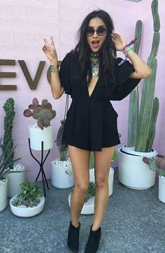 lollapalooza outfit – More look and inspirations for you to wear on the 2018 Lollapalooza! Festival Looks, Festival Style, Music Festival Outfits, Festival Fashion, Winter Festival, Summer Festival Outfits, Rave Festival, Summer Outfits, Lollapalooza
