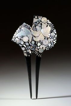 Japanese Mother of Pearl Hairpin, ca. Showa period (December 25, 1926, through January 7, 1989.)
