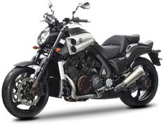 Yamaha VMAX Special Edition Dressed In Carbon Fibre Livery