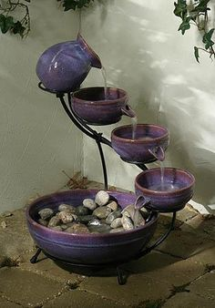 Water fountains- I think I could make one of these :)
