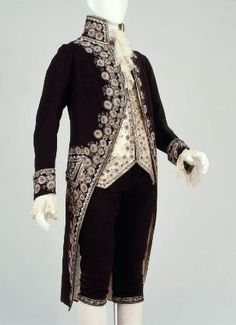 Man's three-part court suit (coat, waistcoat, and breeches.) In the Museum of Fine Arts Boston.        French, about 1805–08