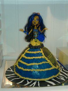 Robecca Steam, Monster High Birthday cake.