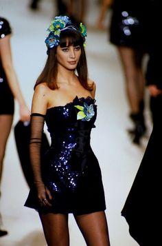 CHANEL SPRING/SUMMER 1994 MODEL : Christy Turlington